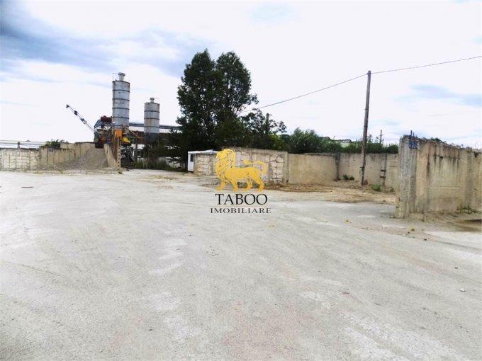 Spatiu industrial de vanzare direct de la agentie imobiliara, in Sibiu, zona Compa, cu 400.000 euro. 1 grup sanitar, suprafata utila 100 mp.