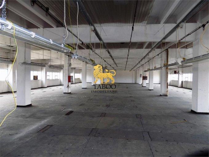 Spatiu industrial inchiriere Gara Sibiu  cu 1 incapere de inchiriat, cu suprafata utila de 1100 mp. 3.300 euro.Suprafata terenului: 100 mp. Spatiu industrial Gara Sibiu