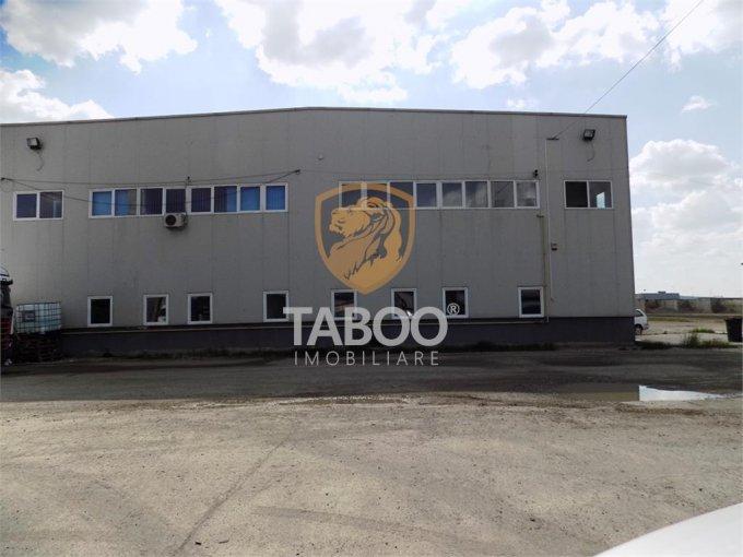 de inchiriat spatiu industrial cu 9 incaperi, 3 grupuri sanitare, suprafata de 2400 mp. In orasul Sibiu. 9.600 euro. Suprafata terenului: 100 metri patrati. Deschidere teren: 20 metri.