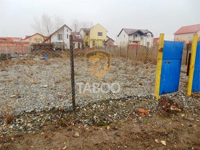 Teren intravilan de vanzare direct de la agentie imobiliara, in Sibiu, cu 35.000 euro. Suprafata de teren 500 metri patrati cu deschidere de 15 metri.