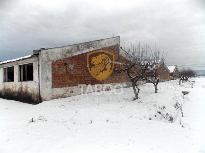 de vanzare teren intravilan cu suprafata de 28776 mp si deschidere de 95 metri. In orasul Sibiu, zona Selimbar.