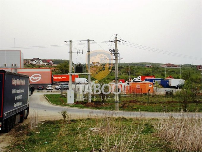 Teren intravilan de vanzare in Sibiu, zona Selimbar. Suprafata terenului 5984 metri patrati, deschidere 97 metri. Pret: 227.000 euro.