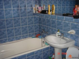 Apartament cu 2 camere de vanzare, confort 1, zona Obcii,  Suceava