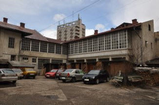 vanzare Spatiu comercial 850 mp, 1 grup sanitar, zona Centru, orasul Campulung Moldovenesc