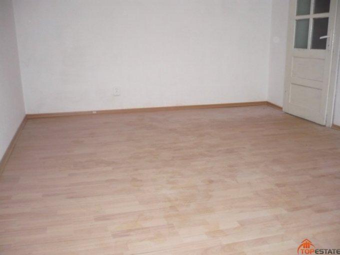 Teleorman Zimnicea, zona Ultracentral, apartament cu 4 camere de vanzare