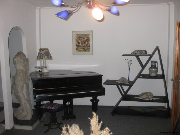 inchiriere apartament semidecomandata, zona Central, orasul Timisoara, suprafata utila 55 mp