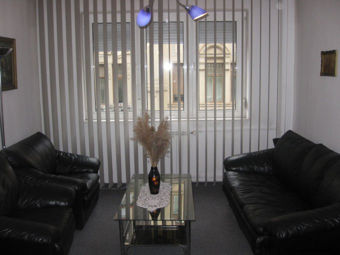 inchiriere apartament cu 2 camere, semidecomandata, in zona Central, orasul Timisoara