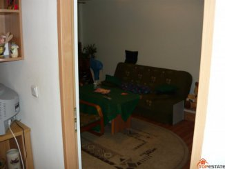 vanzare apartament cu 3 camere, decomandata, in zona Sud, orasul Timisoara