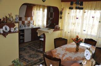 agentie imobiliara inchiriez apartament semidecomandat, in zona Ultracentral, orasul Timisoara