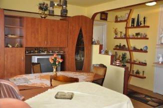 inchiriere apartament semidecomandat, zona Ultracentral, orasul Timisoara, suprafata utila 65 mp