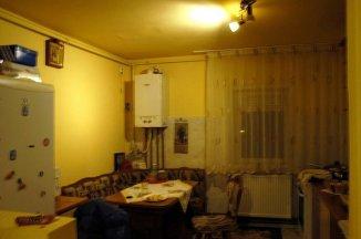 vanzare apartament cu 3 camere, decomandat, in zona UMT, orasul Timisoara