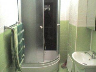 vanzare apartament cu 3 camere, semidecomandata, in zona Centrul Bancar, orasul Timisoara