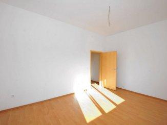 vanzare apartament cu 3 camere, semidecomandata, in zona Central, orasul Timisoara