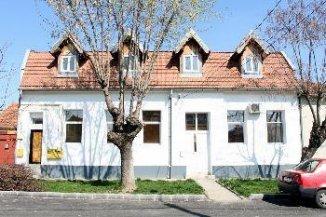 Timis Timisoara, zona Blascovici, casa cu 14 camere de inchiriat de la agentie imobiliara