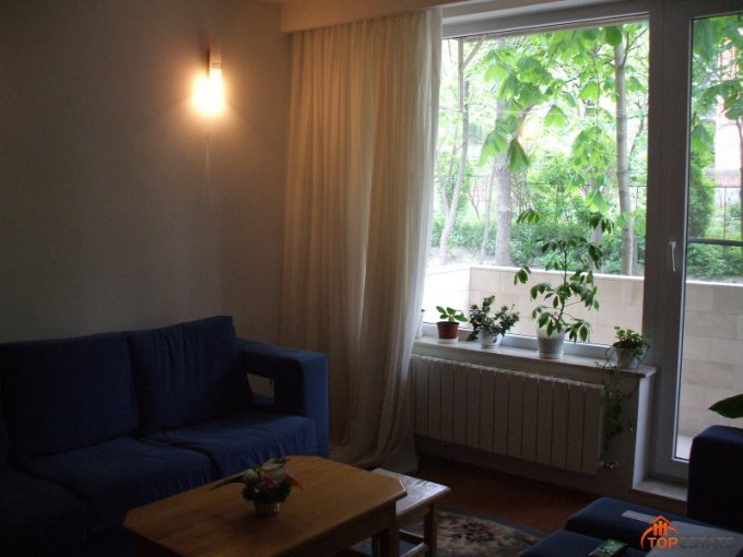 inchiriere apartament cu 3 camere, semidecomandata, in zona Neptun, orasul Tulcea