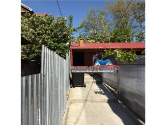 Casa de vanzare cu 2 camere, in zona Piata Noua, Tulcea