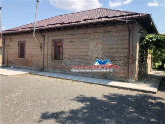 Tulcea Lastuni, casa cu 3 camere de vanzare de la agentie imobiliara