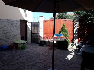 agentie imobiliara inchiriez Casa cu 8 camere, zona Ultracentral, orasul Tulcea