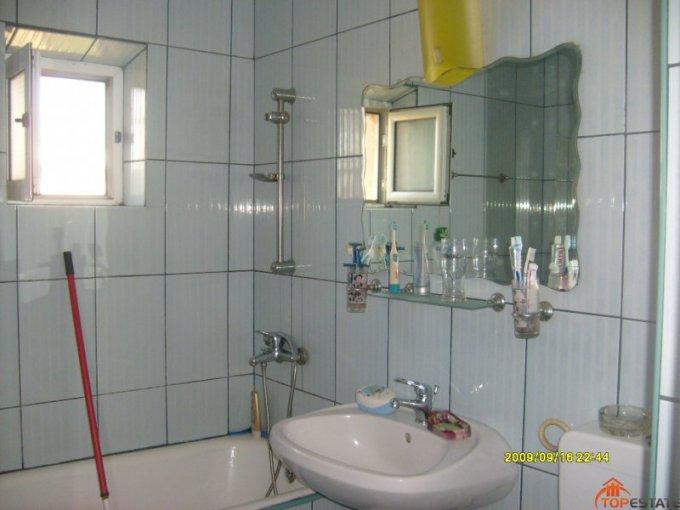 vanzare apartament decomandata, zona Ostroveni, orasul Ramnicu Valcea, suprafata utila 62 mp