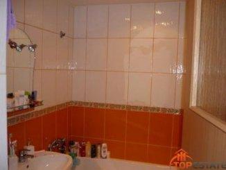 vanzare apartament cu 3 camere, decomandata, in zona Central, orasul Ramnicu Valcea