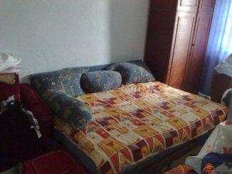 vanzare apartament decomandata, zona Ostroveni, orasul Ramnicu Valcea, suprafata utila 53 mp