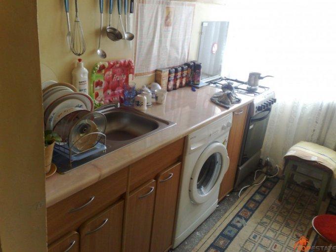 Apartament cu 3 camere de vanzare, confort 2, zona Ostroveni,  Ramnicu Valcea Valcea
