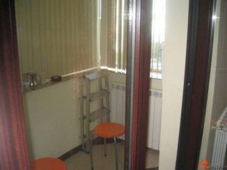 Valcea Ramnicu Valcea, zona Sud, apartament cu 4 camere de vanzare
