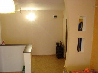 vanzare apartament decomandata, zona Nord, orasul Vaslui, suprafata utila 84 mp