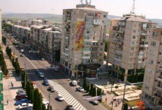proprietar inchiriez apartament decomandata, in zona Ultracentral, orasul Vaslui