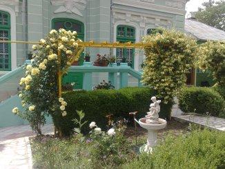 vanzare casa cu 2 camere, zona Kogalniceanu, orasul Vaslui, suprafata utila 82 mp