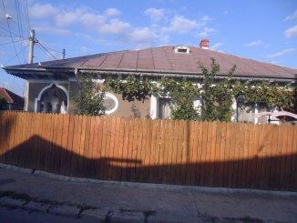 Vaslui, zona Donici, casa cu 4 camere de vanzare de la proprietar