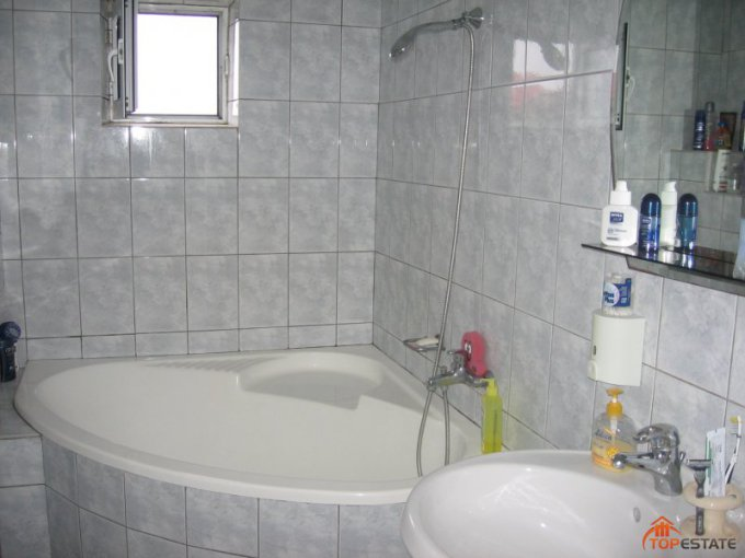 Vrancea Focsani, zona Autogara, apartament cu 3 camere de vanzare