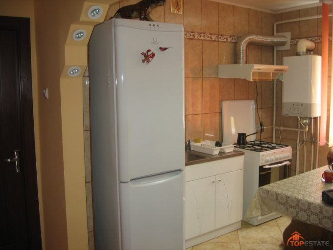 Apartament cu 3 camere de vanzare, confort Lux, zona Autogara,  Focsani Vrancea
