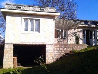 vanzare casa cu 4 camere, comuna Soveja, suprafata utila 140 mp
